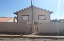 Casa em Bom Jesus dos Perdões-SP  Centro