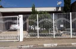 REF: 13028 - Casa em Atibaia-SP  Alvinópolis