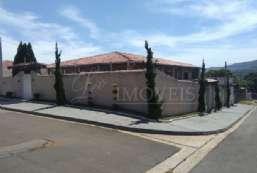 Casa à venda  em Atibaia-SP - Vale dos Pinheiros REF:10511