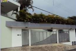 Casa à venda  em Atibaia-SP - Pinhalinho REF:11357