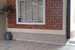 Casa à venda  em Atibaia-SP - Jardim do Lago REF:4310