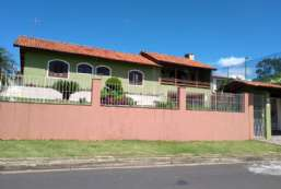 Casa à venda  em Atibaia-SP - Jardim Paulista REF:9700