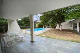 Casa em condomínio para locação  em Atibaia-SP - Condomínio Refúgio REF:11303