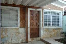 Casa à venda  em Atibaia-SP - Nova Atibaia REF:11750