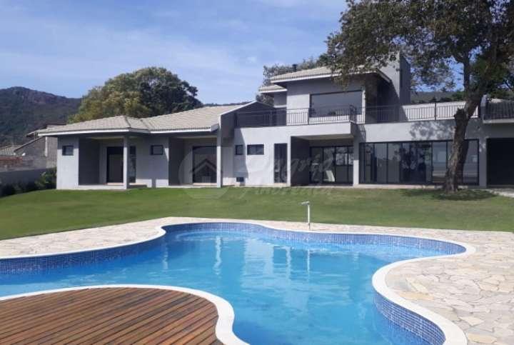 Casa em Condomínio em Atibaia-SP